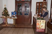Novoroční poštovna na Jiráskově turistické chatě na Dobrošově.
