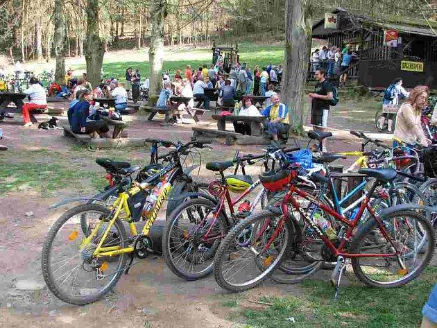 Pekelské údolí bývá během sezony plné cyklistů.