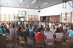 Na 130 dobrovolníků se ve středu 1. července sešlo v Martínkovicích na Broumovsku v rámci dobrovolnické brigády SummerJob. Během týdenní akce jich zde bude pracovat více než 150.