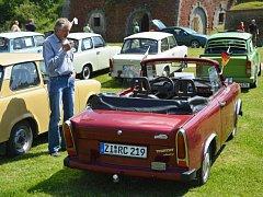 NA SRAZ dorazilo na 70 vozů IFA koncernu, především trabantů v mnoha různých provedeních.