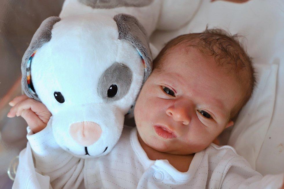 Václav Ticháček ze Suchého Dolu je na světě! Narodil se 16. září 2019 v 9,11 hodin a jeho míry byly 3330 g a 49 cm. Z prvního děťátka mají radost rodiče Simona Žilíková a Václav Ticháček.