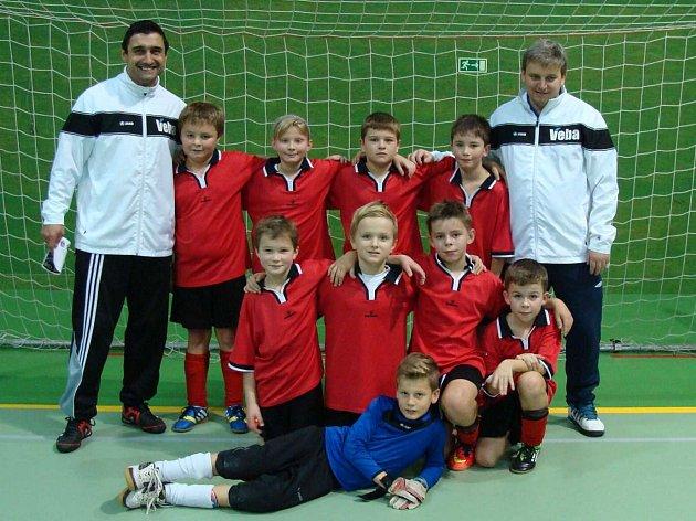 VÝBĚR OFS Náchod kategorie U10 si v Jaroměři připsal k jednomu vítězství ještě dvě remízy.