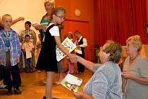 V Pellyho domech se uskutečnilo slavnostní stužkování předškoláčků z Mateřské školy ve Fučíkově ulice v Polici nad Metují.