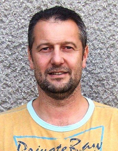 TRENÉR prvoligových házenkářů Náchoda Jaromír Bílý.