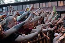 Letos oslaví  metalová veselice MetalGate Czech Death Fest již deset let od svého založení, a to konkrétně od 14. do 16. června na obvyklém místě činu, tedy v kempu Brodský v Červeném Kostelci.