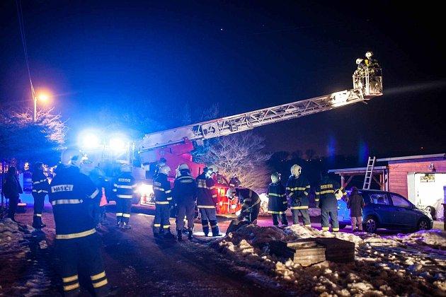 Požár komínu v Nahořanech.