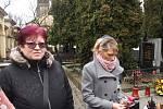 Ani nepříznivé počasí nezmařilo vzpomínku na nejznámější českou spisovatelku Boženu Němcovou, od jejíhož narození 4. února uplynulo 200 let. Vyšehrad byl svědkem pietního aktu, kterého se zúčastnila také početná delegace z města mládí Boženy Němcové.