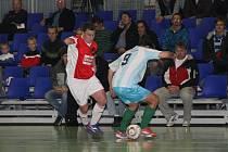 Přestože měli futsalisté SK Goll Běloves proti Hradci několik světlých momentů, soupeři nakonec podlehli 0:5.
