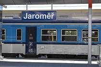 Vlaky v Královéhradeckém kraji opět od pondělí pojedou v plném rozsahu.