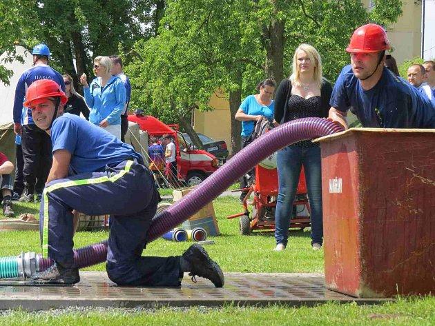 JEDENÁCTÝM místem vstoupili do nové sezóny V&H Print hasičské Primátor NTC ligy hasiči Nového Hrádku.
