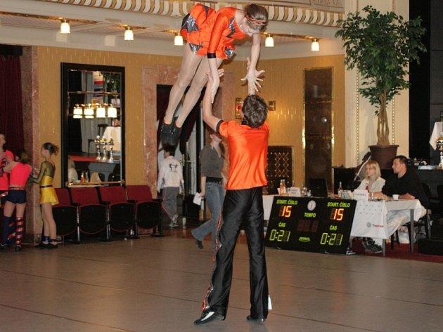 Diváci se na parketě v Beránku rozhodně mohou těšit na podobné akrobatické figury.