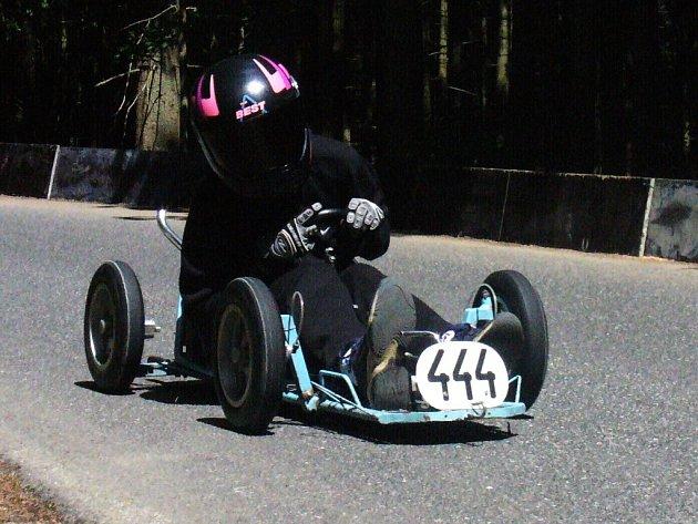 Náchodská závodnice Gabriela Myšáková skončila v Jablonci nad Nisou v kategorii M4 jedenáctá.