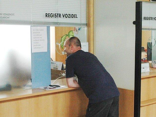 Registr motorových vozidel v Náchodě.
