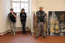 Výstava Obraz prostoru proměňuje Lapidárium v jakési jiné prostory nebo situace, které návštěvník může  objevovat a vnímat ze tří celků.