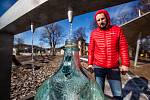Nový prameník v Bělovsi navštěvují desítky lidí denně.