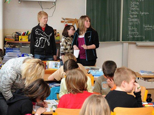 V ZŠ ve Velkém Poříčí si žáci vyměnili role se svými učiteli.
