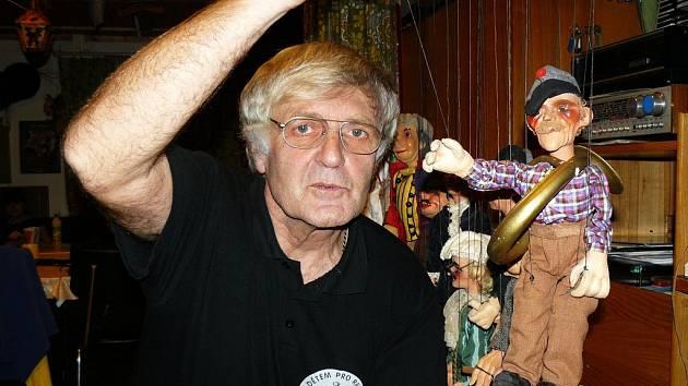 Miloš Jirman, autor úpravy Lucerny Aloise Jiráska.
