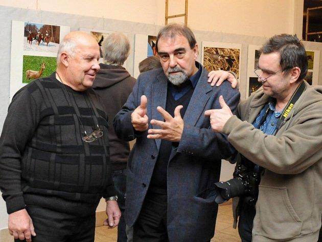 Výstava členů hronovského fotoklubu.