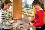DĚTI si týdenní tvoření a virtuální cestování v Muzeu papírových modelů v Polici nad Metují neskutečně užívaly.