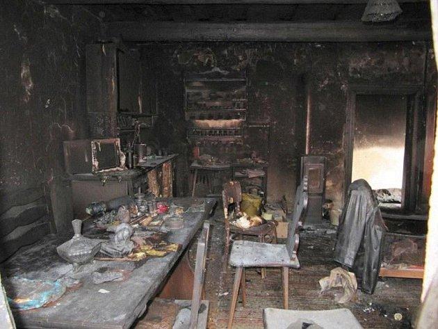 Následky požáru v Jaroměři.