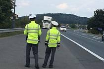 POLICEJNÍ KONTROLY v tomto týdnu byly časté na silnici I/33.