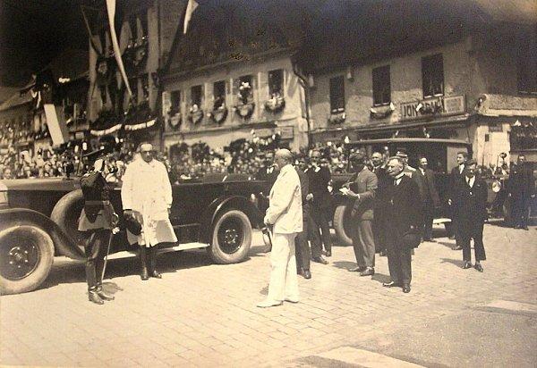 PŘIVÍTÁNÍ PREZIDENTA MASARYKA na náchodském náměstí 12.července 1926.