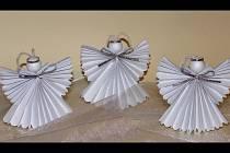 Ukázka papírového anděla.
