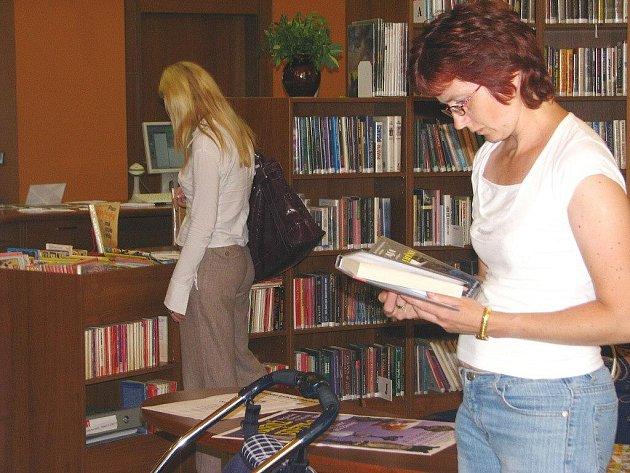 Knihovny náchodského regionu zatím ekonomickou krizi nepociťují.