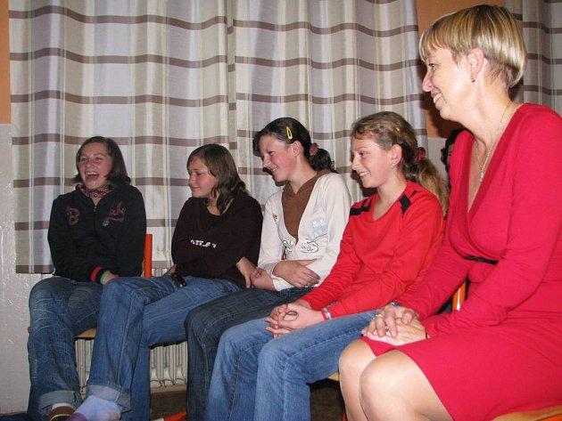 Ze setkání učitelů s dětmi z rumunského Banátu.