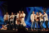 V Náchodě soutěžilo 12 finalistů o titul Muž roku 2016.