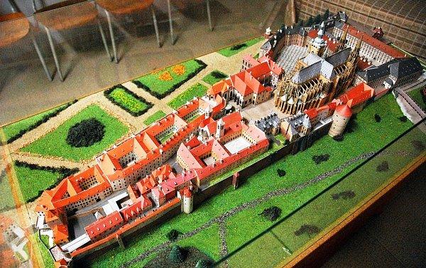 Mode hradu