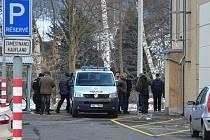 Policejní akce - rekonstrukce loupežných přepadení u Kauflandu.