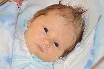 MATĚJ NESVADBA se narodil 8. dubna 2014 v 11:33 hodin rodičům Martině Špulákové a Radkovi Nesvadbovi ze Studnice. Chlapeček vážil 3310 gramů a měřil 50 centimetrů. Doma se na něho těší bráškové Davídek (4,5 roku) a Pavlík (15 měsíců).
