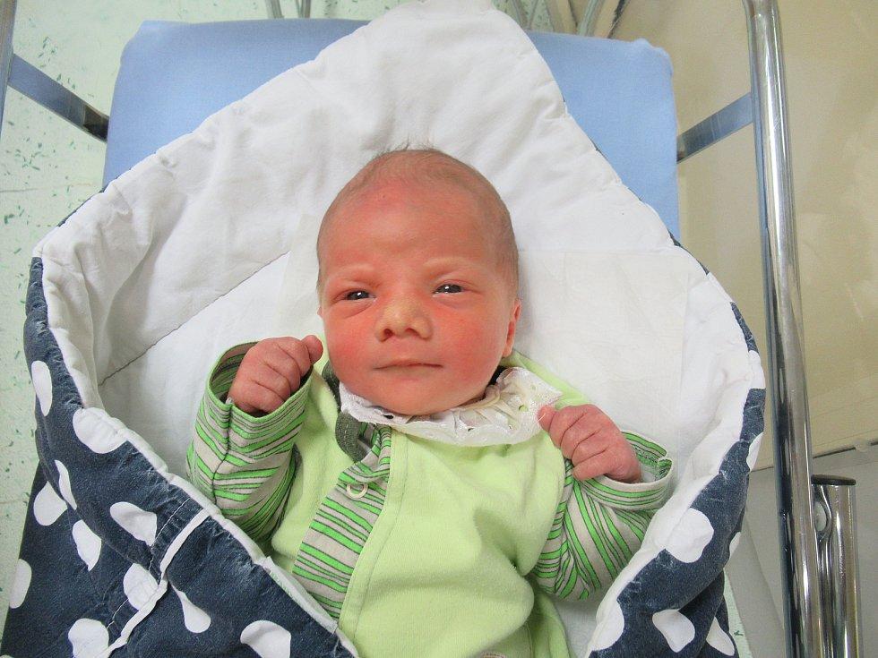 Tadeáš se narodil ve středu 6. ledna 2021 v 01:18 hodin. Ukázalo se, že váží 3,35 kg a měří 50 cm.