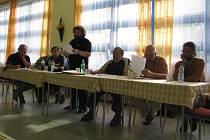 Zástupci občanského sdružení Za obchvat České Skalice (na snímku) poslali petici i s podpisy na ministerstvo dopravy.