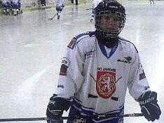 JAROMĚŘSKÝ hokejový talent Lukáš Sokolář byl povolání do výběru Královéhradeckého kraje hráčů narozených v roce 2000 pro turnaj v Hlinsku