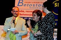 Již po deváté se 27. března v Divadle v Jaroměři na podporu postižených dětí usutečnil Večer pro dobrou věc.