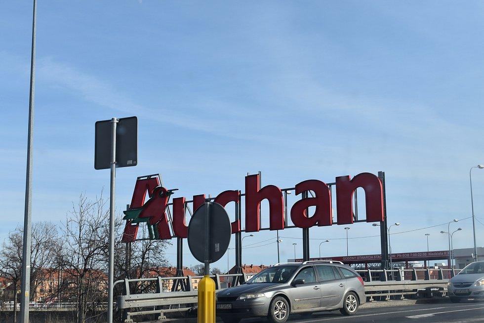 Auchan patří k vyhledávaným obchodům i mezi českými zákazníky.