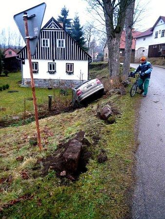 Nehoda ve Vernéřovicích uBroumova.