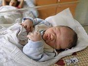 VLADIMÍR JIRÁSKO z Náchoda je prvním děťátkem Jany Hořčicové a Vladimíra Jirásko. Chlapeček se narodil 5. září 2017 ve 12,10 hodin, vážil 3470 gramů a měřil 49 centimetrů.