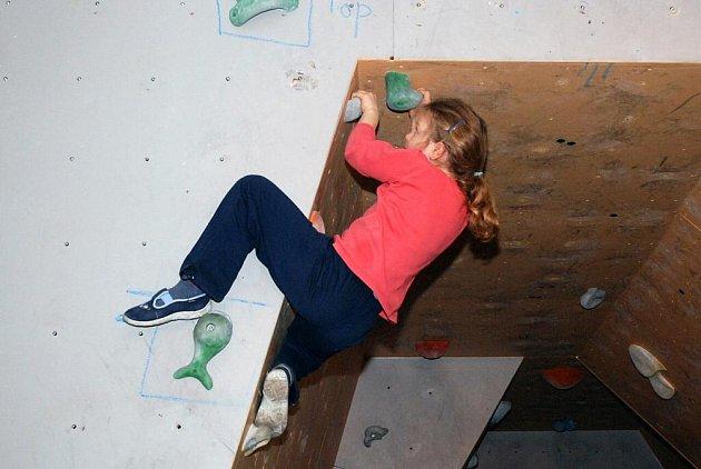 V sobotu 23. ledna se konal první ročník dětských závodů v boulderingu na stěně v Hronově.
