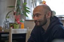 První klapka nového filmu mladých tvůrců Taxikář padla v sobotu 15. února krátce po 11. hodině. Natáčelo se v interiérech - přímo v bytě producenta filmu Romana Floriana.