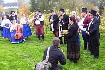 VINOBRANÍ V LITOBOŘI  zpestří vystoupení lidové muziky Šmikuranda.