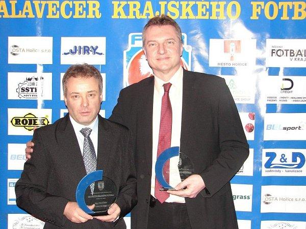 Jedním ze dvou oceněných fotbalových starostů se stal muž včele Jaroměře, Jiří Klepsa (na snímku vpravo).