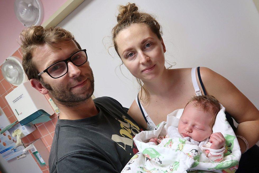 Mája Felzmannová z Červeného Kostelce se narodila 20. září 2019 v 17,37 hodin. Holčička vážila 3310 g a měřila 47 cm. Z prvního děťátka se radují rodiče Dana a Daniel Felzmannovi.