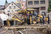 Práce na druhé části přeložky města Police nad Metují jsou v plném proudu.
