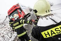 Dopravní nehoda Avie u obce Spy
