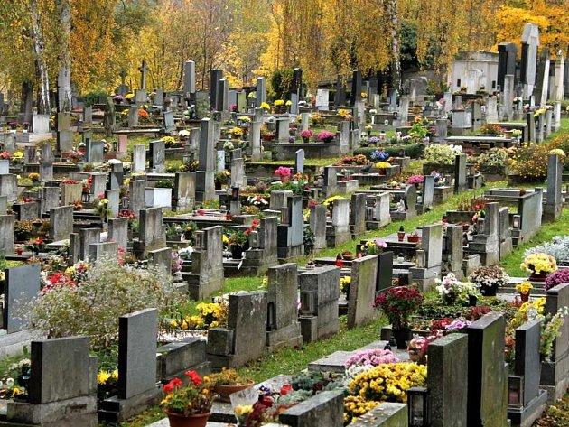 Hřbitov v Náchodě.