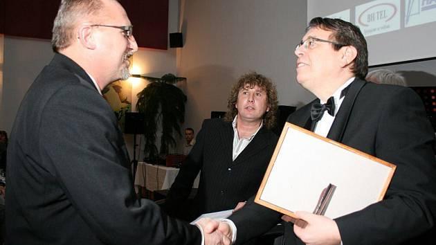 Petr Hable vlevo.