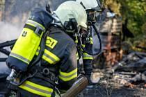 Požár v areálu sběrných surovin v Novém Městě nad Metují